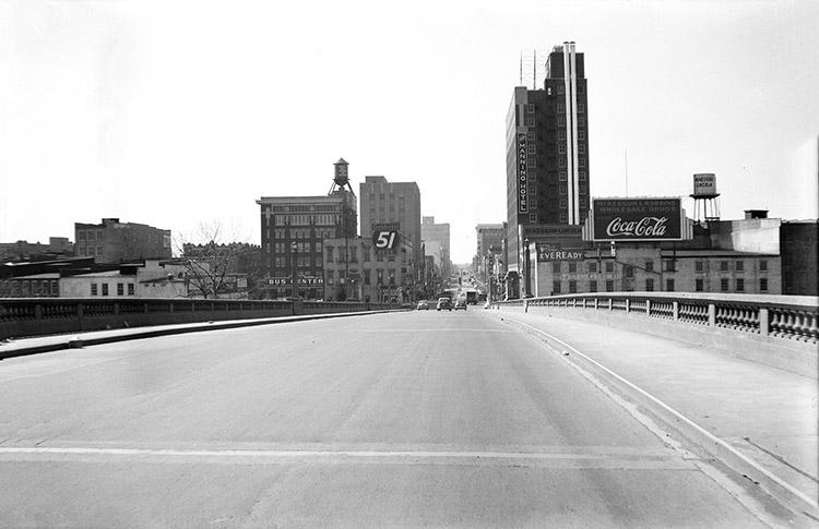 Main Street Bridge - Looking South
