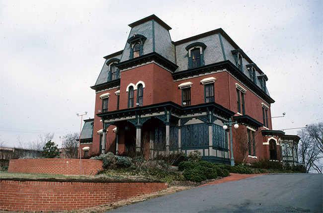 McDonald-Wait-Newton House (a.k.a. Packet House)