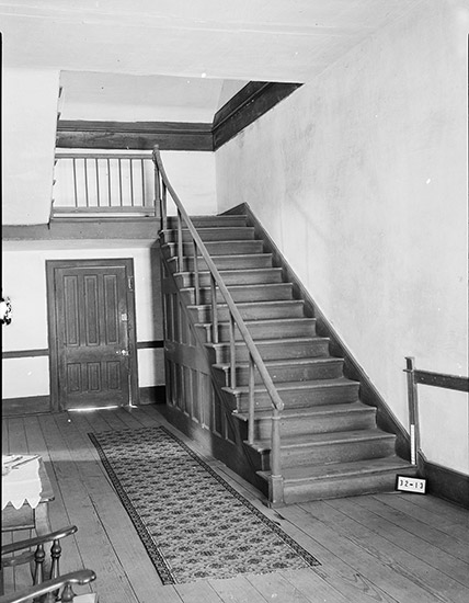 Ten Mile House Interior