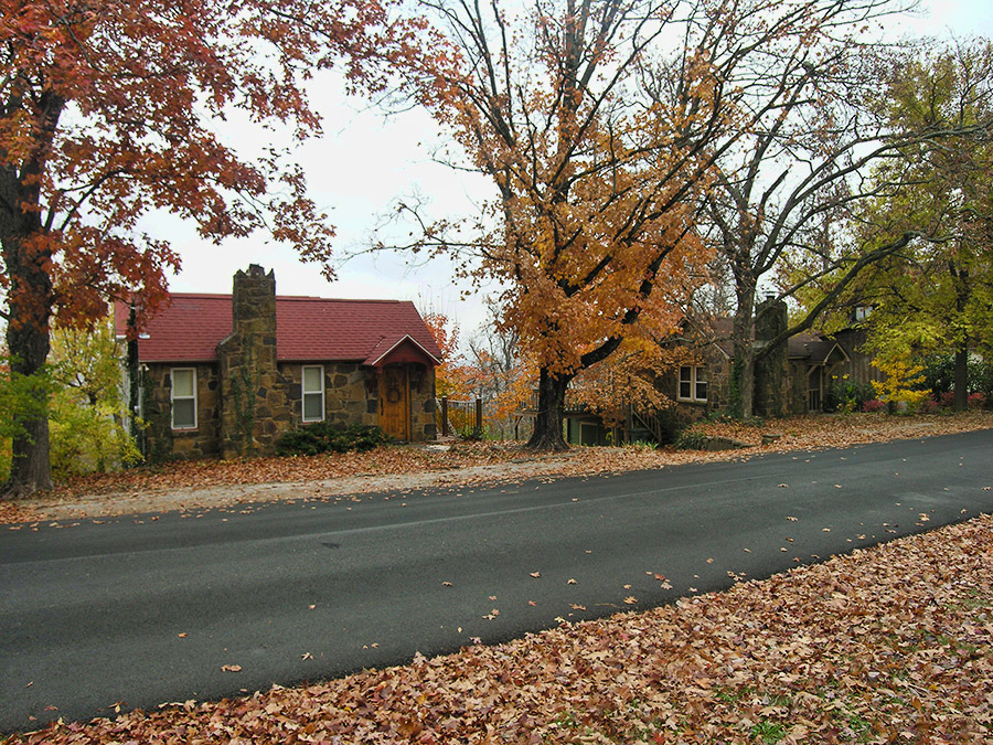 Mount Sequoyah Cottages