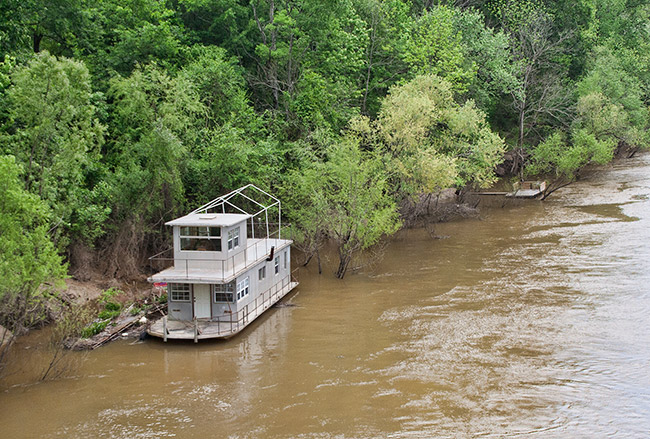 Houseboat on the Ouachita River