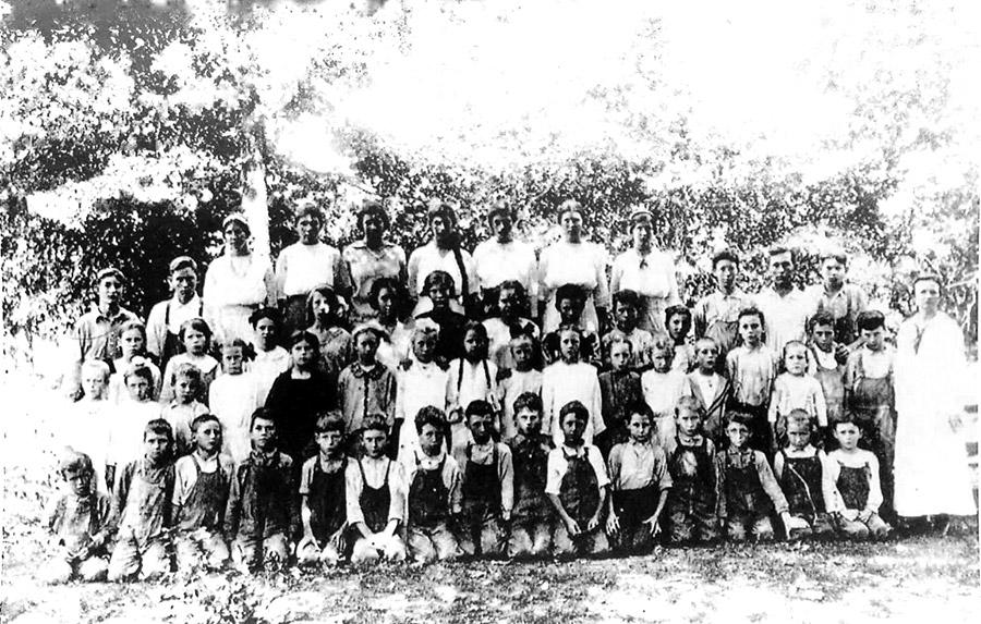 Pilgrim's Rest Class of 1916