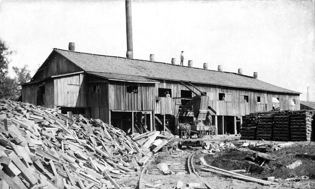 Portia: Lumber Company
