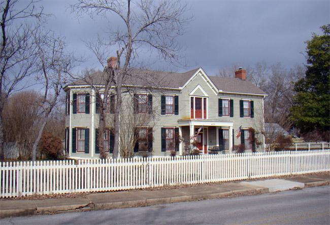 Glenn House