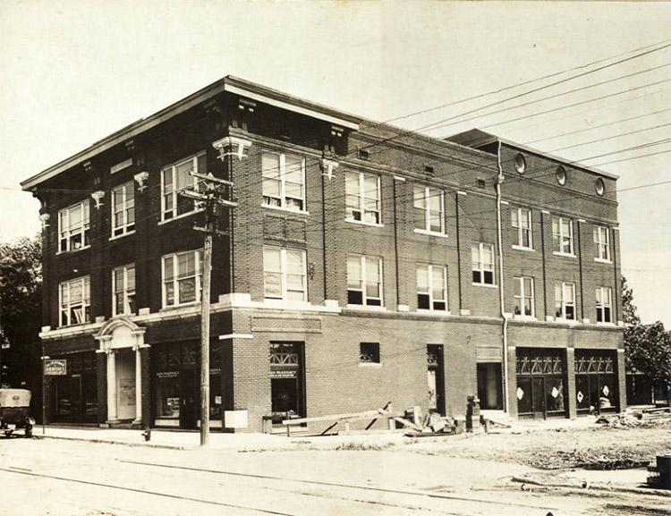 Taborian Hall, 1918