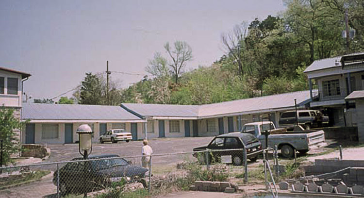 Taylor Rosamond Motel Historic District