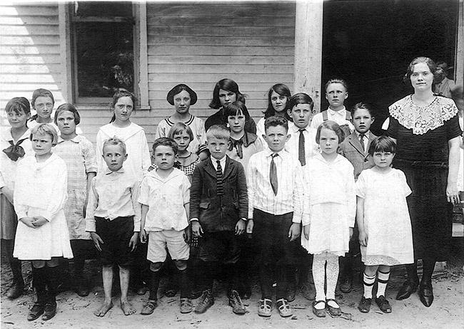 Tupelo School