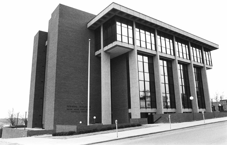 Fayetteville: Federal Courthouse