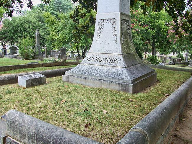 W. B. Worthen Gravesite