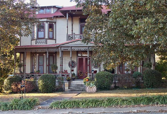 Wycough-Jones House