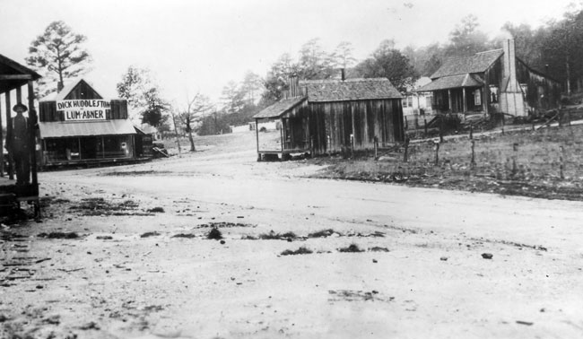 Pine Ridge: Street Scene