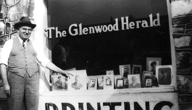 Glenwood: Newspaper