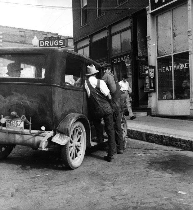 Rogers: Street Scene