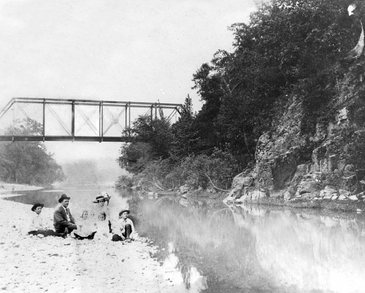 Glenwood: Railroad Bridge