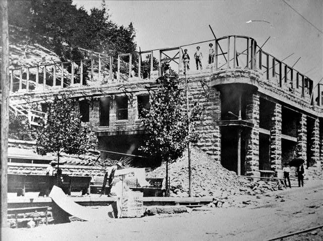 Eureka Springs: Basin Park Hotel
