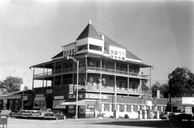 Berryville: Hotel
