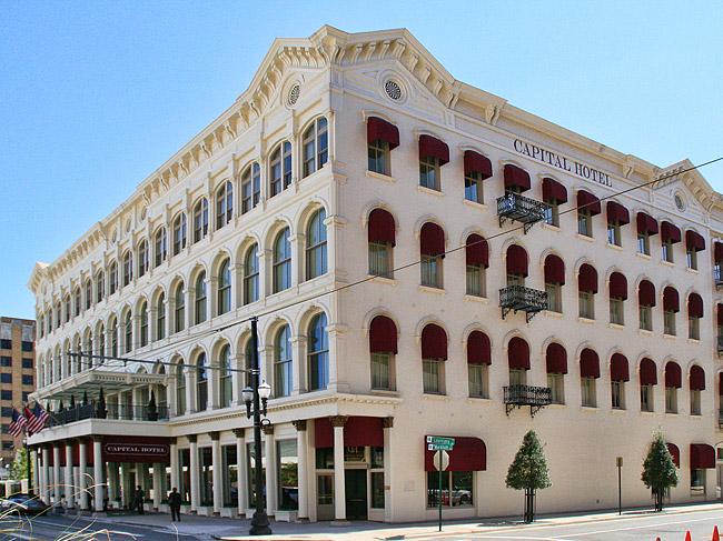 Capital Hotel: 2008