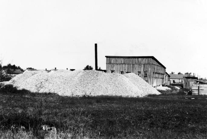 Clarendon: Button Factory