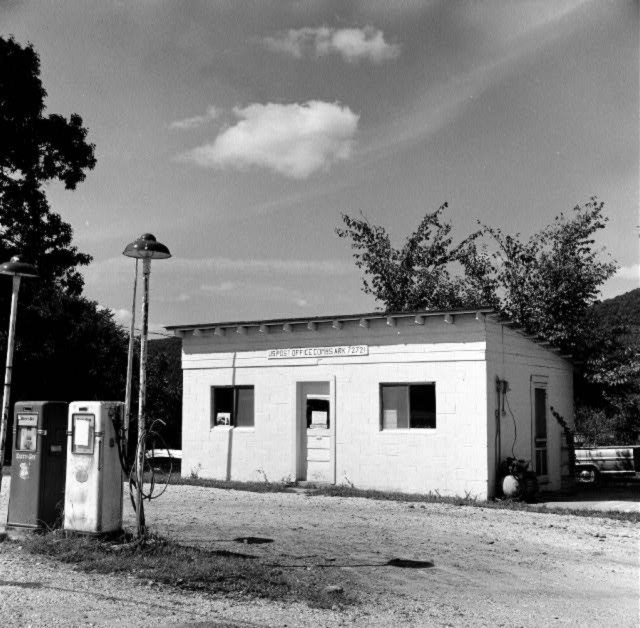 Combs: Post Office