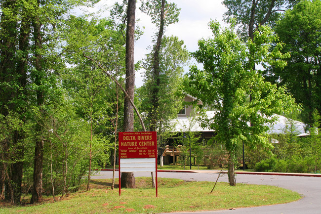 Governor Mike Huckabee Delta Rivers Nature Center
