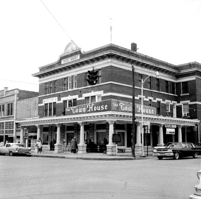 Bentonville: Hotel