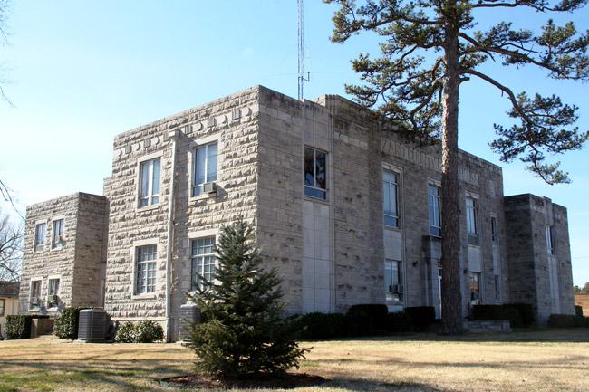 Izard County Courthouse