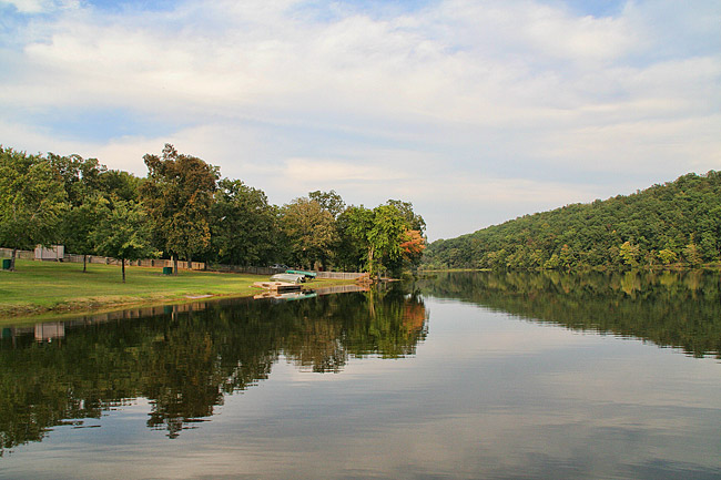 Woolly Hollow State Park: Lake Bennett