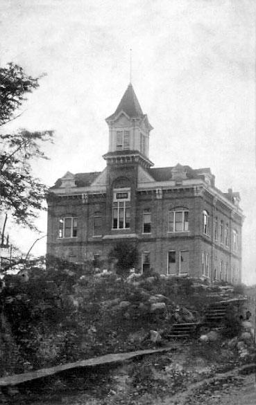 Powhatan Courthouse