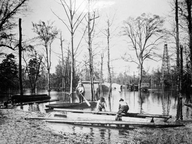 Smackover: Oil Field