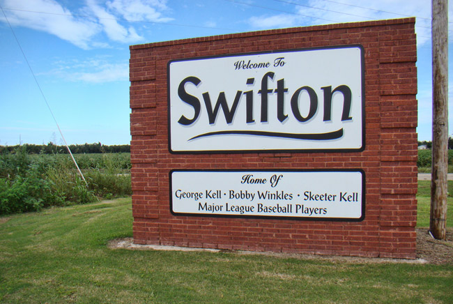 Swifton Sign