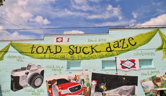 Toad Suck Daze: Mural