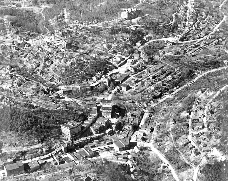Eureka Springs: Aerial View