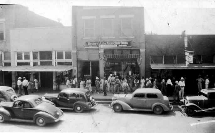 Waldron: Western Auto Store