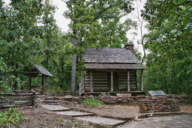 Woolly Hollow State Park: Woolly Cabin