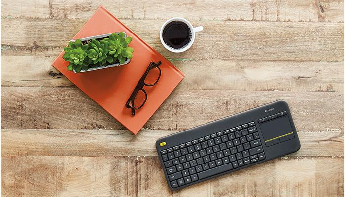 Logitech K400 Plus Wireless Keyboard 8