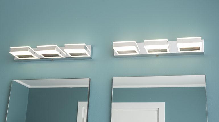 La buena iluminación en el cuarto de baño es esencial   Ferretería EPA