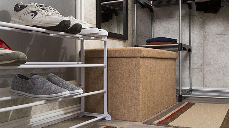 Un otomán es un mueble muy práctico porque sirve como asiento y para almacenaje | Ferretería EPA