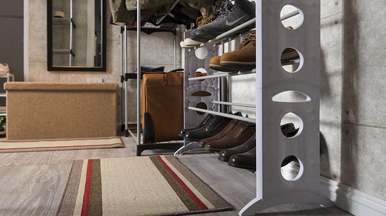 Esta zapatera le brinda el espacio suficiente para colocar sus zapatos | Ferretería EPA
