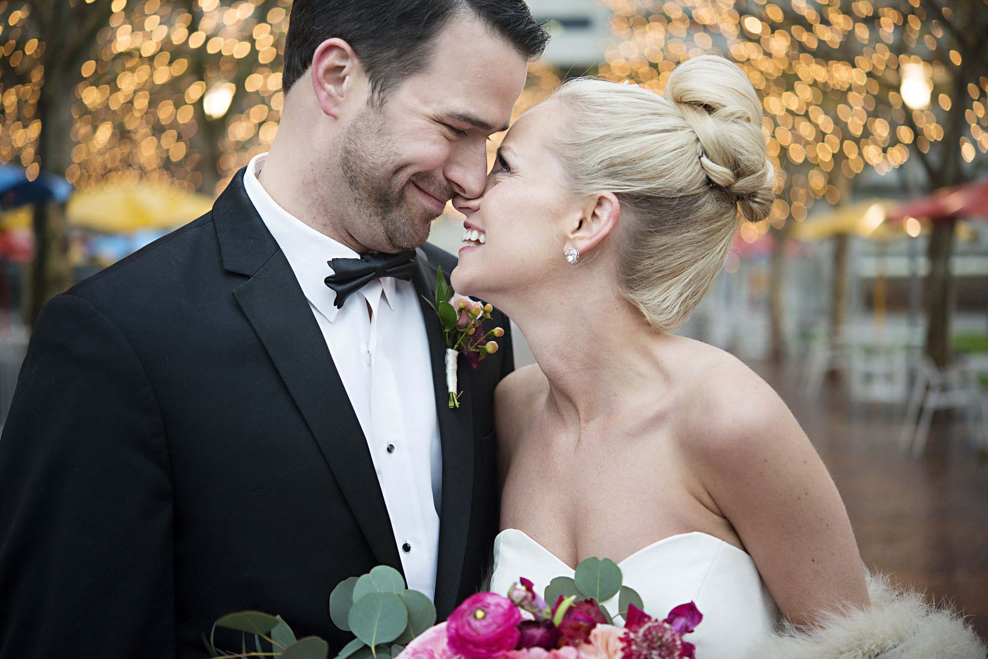 5 reasons to hire a wedding planner // KC Weddings // photo by epagaFOTO.