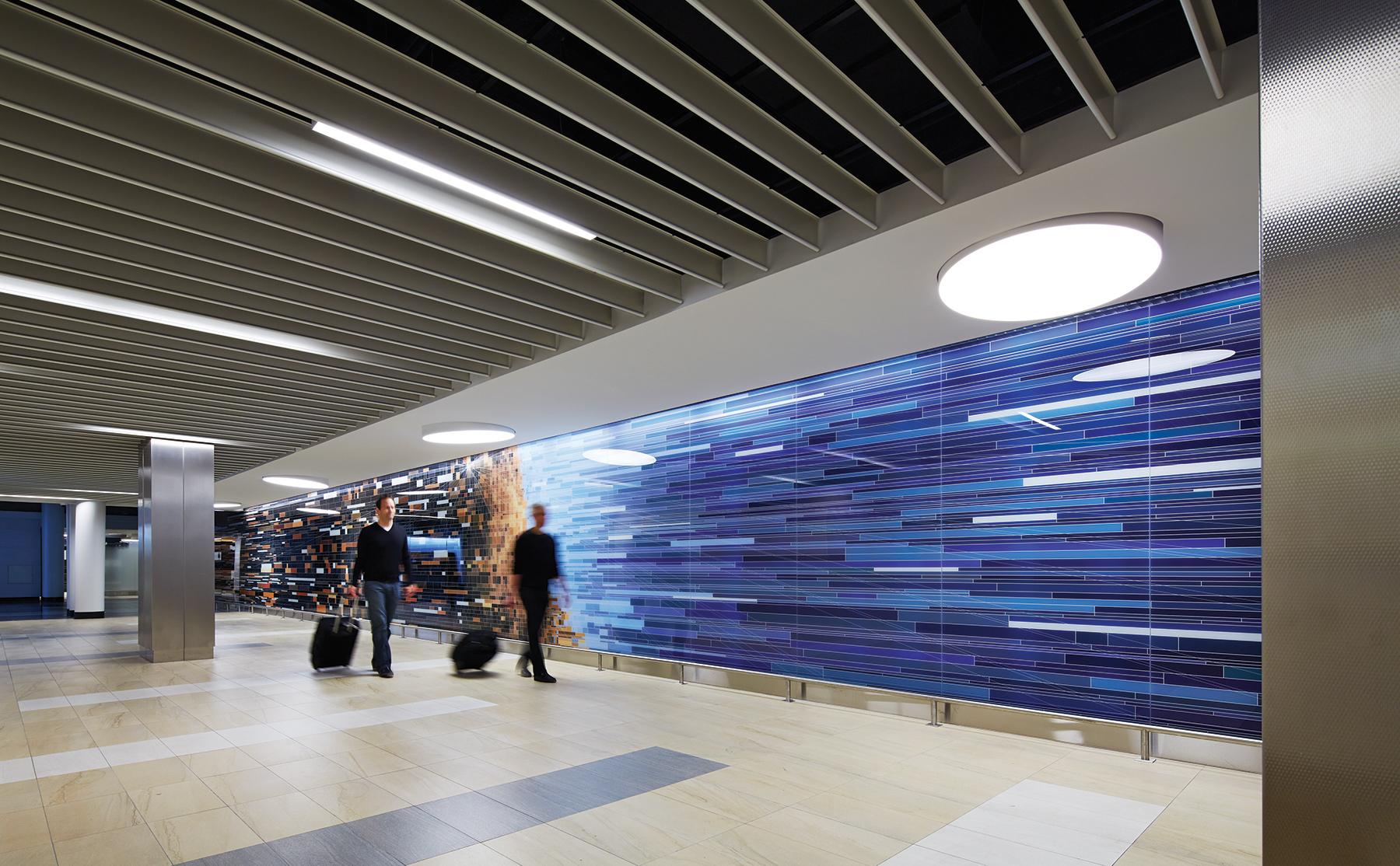 01-OHare-Terminal-5-Concessions-Chicago-