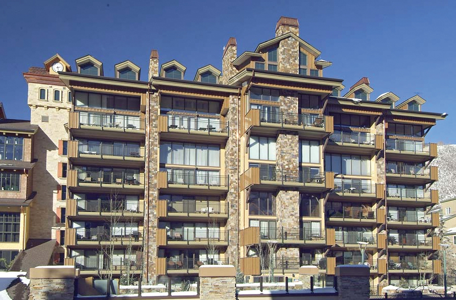 03-Landmark-Condominiums-Vail-Colorado-E