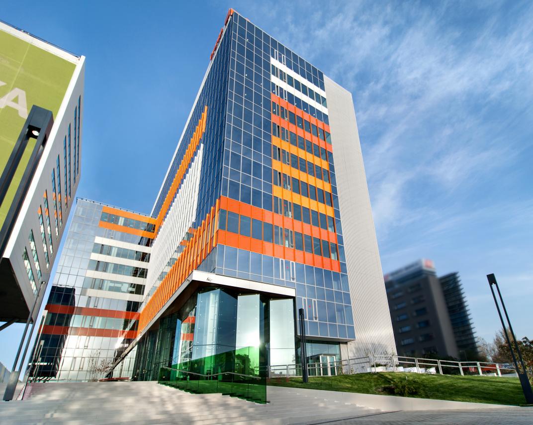 Green Court Bucharest Building A Certified Leed Nc Epstein