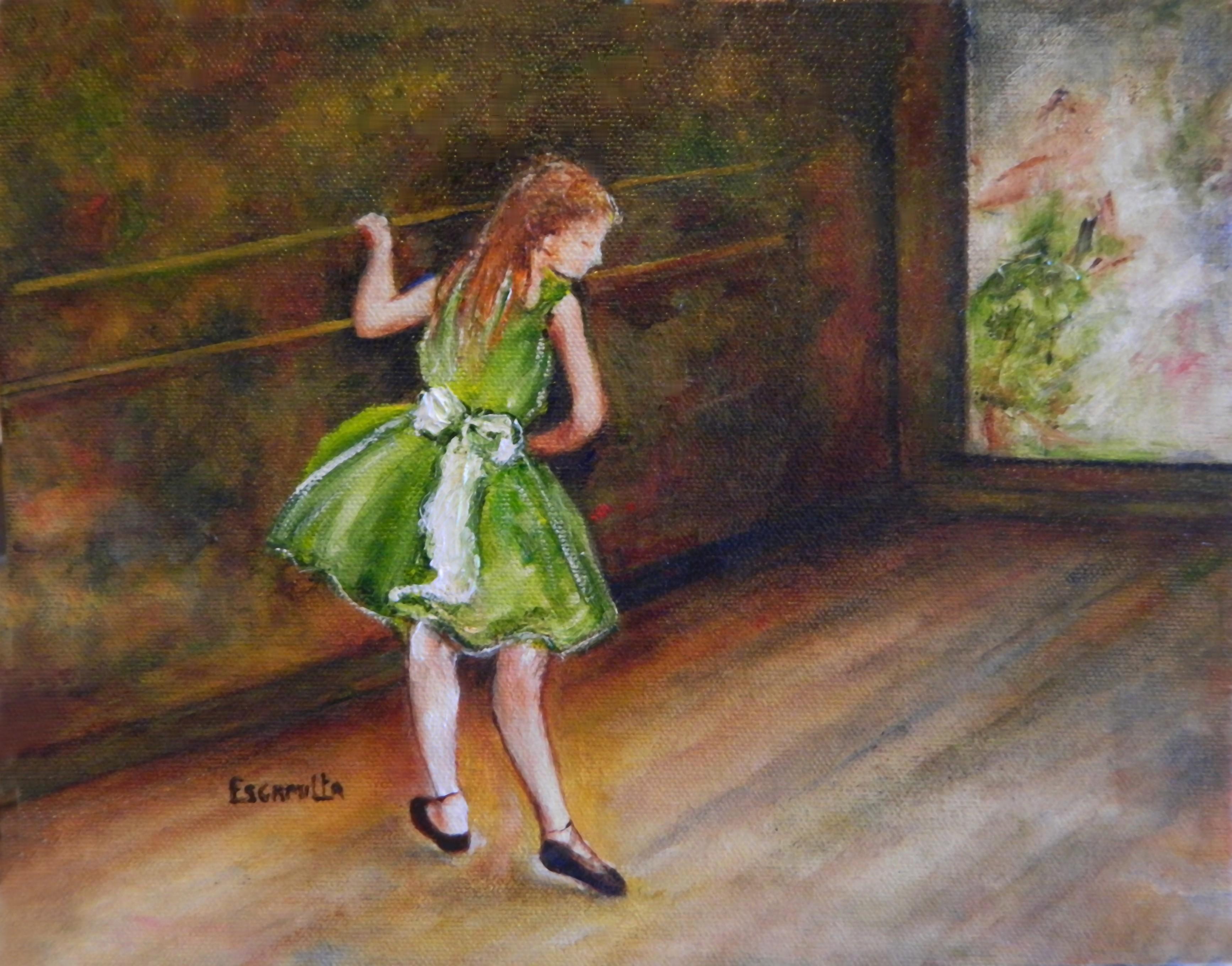 Ballerina_in_green_in_studio_may_2013