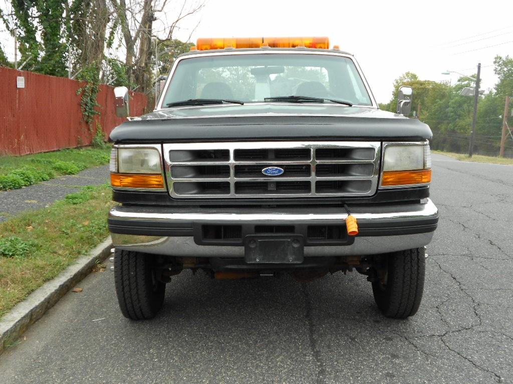(#1465) 1997 Ford F-350 (4×4) 7.3 Dsl Vulcan 882 84″