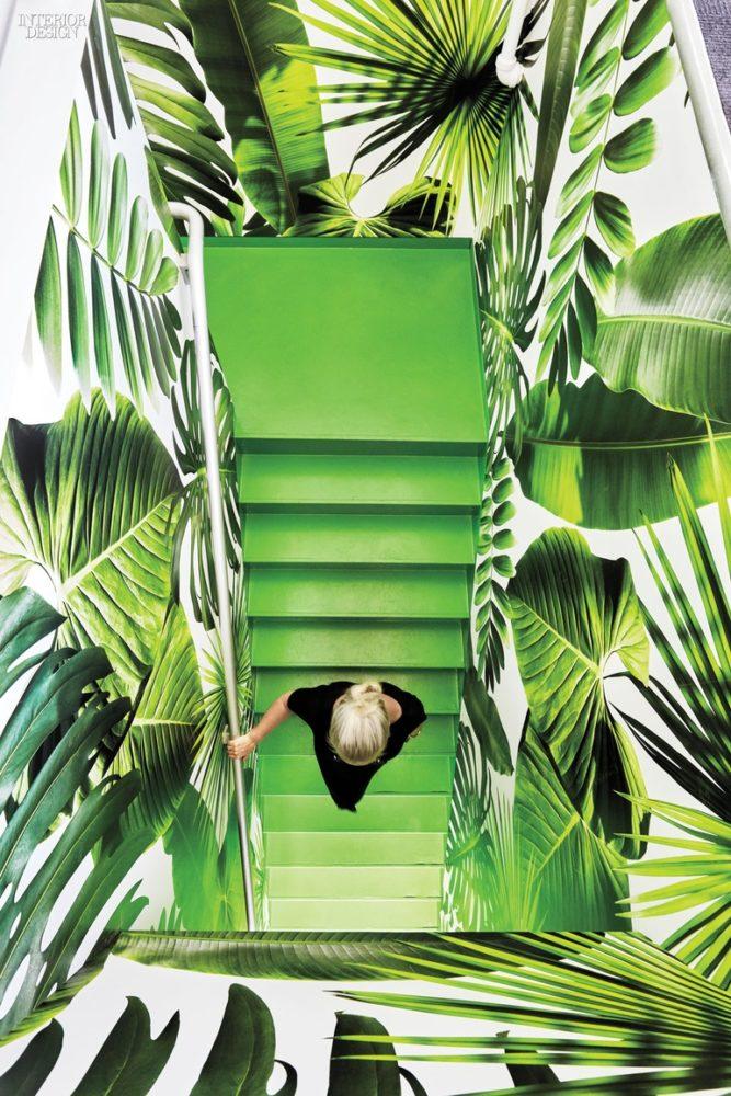 thumbs_tropical-staircase-barrows-new-york-ghislaine-vinas-interior-design-0516.jpg.770x0_q95