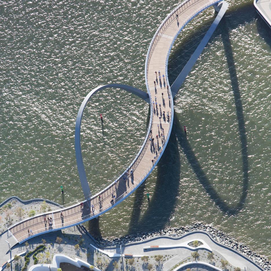 queen-elizabeth-quay-bridge-arup-associates-perth-australia-_dezeen_sq