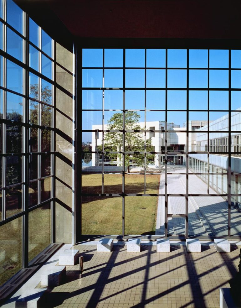 06, Entrance hall, the Museum of Modern Art, Gunma (1974), Yasuhiro ISHIMOTO_web_2