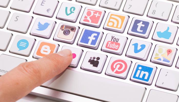 9 Effective Tips for Customer Service on Social Media