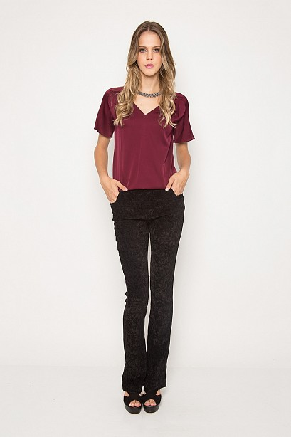 ecb275fae6 BLUSA SEDA APLIQUE PREGAS - Camisas de Seda - Campanhas