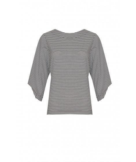 blusa malha listrada com faixa